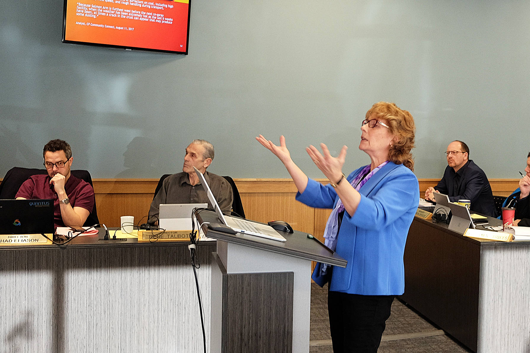 Marijke Dake enlightens the CSRD board with her research on coal dust that escapes trains passing through the Shuswap. Lachlan Labere/Eagle Valley News